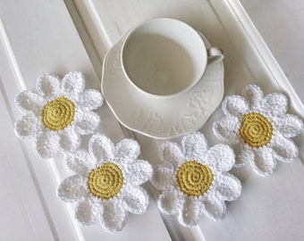 Crochet coaster, mug rug, hostess gift, tea party, set of 4 coasters, crocheted drink coasters, daisy coaster, table decor, party decor