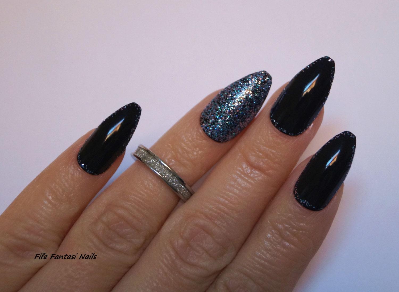 Black coffin nails, Bling Nails, Nail design, Nail art, Gothic Nails ...
