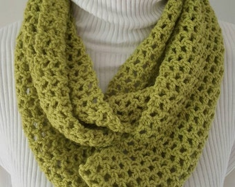Infinity scarf, Crocheted scarf, ladies scarf