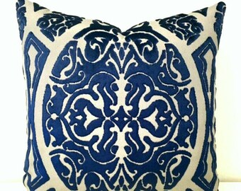 Luxury Navy Velvet Throw Pillows, Navy Pillows, Navy Velvet Pillow Cover, Decorative Pillows, Designer Pillows, Navy Velvet Pillow Covers