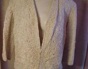 "Vintage 1950s Ribbon Knit Creme Jacket, Bust 41"", Length 23""        #2092"