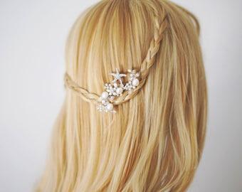 Starfish Bridal Hair Comb. Wedding Decorative Combs. Starfish and Pearl Hair Comb. Beach Wedding.