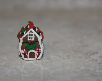 Miniature Gingerbread house ~ Charm ~ Ornament ~ Dollhouse ~ Polymer clay