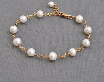 Pearl Station Bracelet / Simple Pearl Bracelet / Freshwater Pearl Bracelet / Gold Pearl Bracelet / Classic Jewelry / 7 Inch / Pearl Jewelry