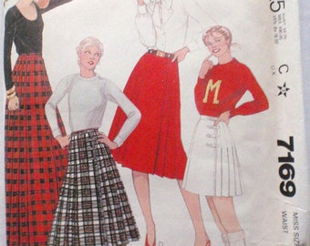 McCall's 7169 - Front Wrap Pleated Skirt Pattern - Size 14, Waist 28 - UNCUT