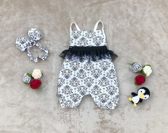 baby girl jumpsuit- baby outfit- baby girl clothing- baby playsuit- cotton- Black & White baby girl jumpsuit