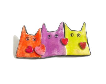 """Cat brooch """"Chamoureux"""", Cat pin, contemporary jewelry for cat lovers, cat Christmas gift, fun cat brooch red hearts, storytelling jewelry,"""