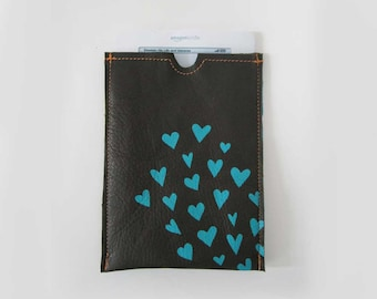 TABLET COZIE - gadget accessory - kindle or iPad cozy - tablet accessory - hearts - tablet case - customizable - ipad case