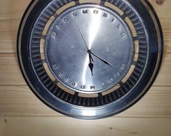 Hubcap clocks