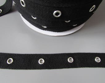 "Black Twill 2cm (3/4"") eyelet tape x 1 metre"