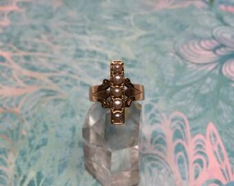 Vintage 9k 9ct Rose gold Seed Pearl Ring
