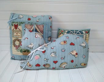 Vintage Light Blue Decorator Pillow Set (3)