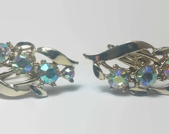 Vintage Signed Star Rhinestone Aurora Borealis Screwback Earrings