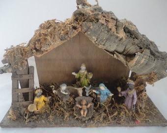 Vintage Italian Nativity Set Hand Painted Figurines, Creche, Nativity, Hand Painted Creche Manger, One Piece Nativity Set, Christmas