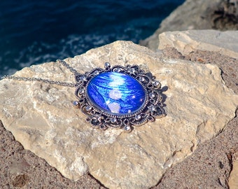 Glowing jewelry REAL Blue Morpho Butterfly Wing Necklace Blue crystal necklace Ocean necklace Antique silver pendant blue sapphire pendant