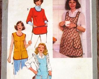 Misses Set of Aprons Size Small 10-12 Vintage 1970s Simplicity Pattern 9209 UNCUT