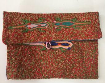 Handmade embroidered Purse/Make-up bag - Malagasy design