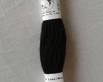 Wool Fine of Aubusson collar 4106