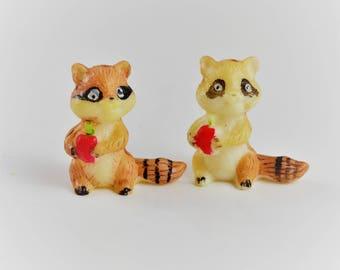 Pair of, vintage miniature, raccoon statues, vintage plastic animals, teacher's pet, fairy garden, dollhouse miniatures, raccoon figurine