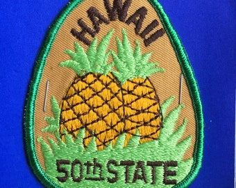ONLY ONE! Hawaii 50th State Vintage Souvenir Travel Patch Postcard from Aloha Patch Works