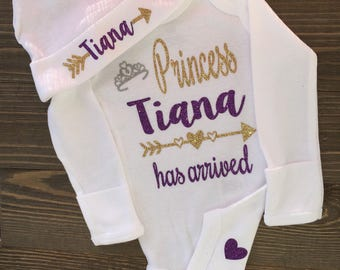 Princess has arrived bodysuit, baby arrival, new baby, baby shower, baby girl