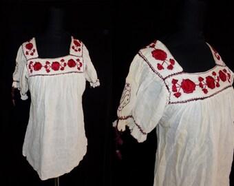 Authentic HIPPY Embroidered Gauzy Cotton Vintage 1970's Women's BOHO Festival Shirt Top XS S