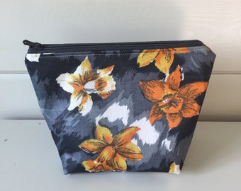 Vintage Fabric Make-up bag in Daffodil Fabric, Daffodil Cosmetic Bag, Black Narcissus make-up pouch