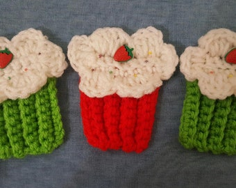3 crochet cupcake appliques