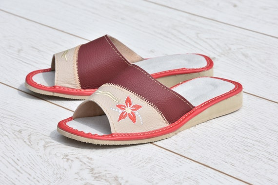 flops light Women flops sandals Flip Flip slippers embroidery summer Comfortable Leather Leather Very slippers slippers for Evryday SF1UTvnxwq