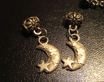 charm antique silver moon shaped charm