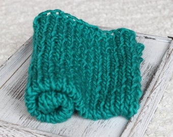 green Teal Roving yarn Bump Blanket, Knit wool Layer