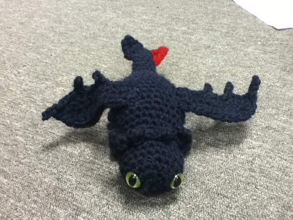 Amigurumi Toothless : Toothless night fury how to train your dragon crochet plush