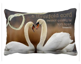 "WEDDING Cushion with Bible Scripture ""threefold Cord"" Eccl. 4:12 Swans in love"