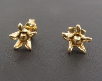 Gold plated Silver flower Earrings studs