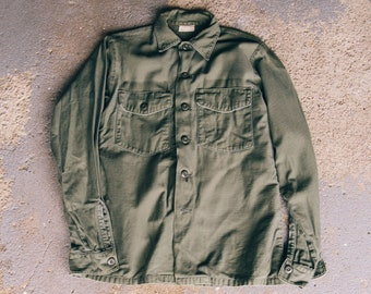 Vintage 1973 US ARMY OG 107 Fatigue Shirt