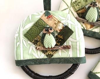 Owl Towel Hanger - Owl gift, kitchen owl, green owl towel hanger