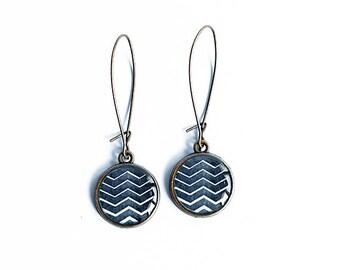 Black chevron earrings, zigzag earrings dangly