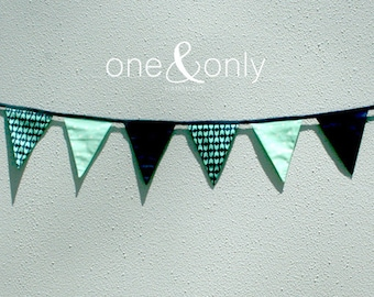 Flag Bunting - Mint & Navy