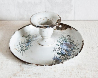 Lovely Vintage Enamel Candleholder with Floral Decor || Antique French Living or Bedroom Decor - Country style - Shabby chic