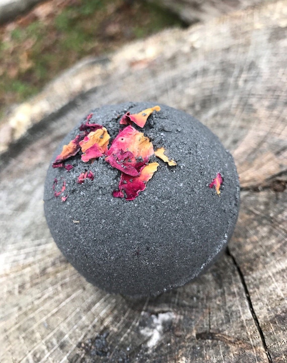 how to make black bath bombs without charcoal