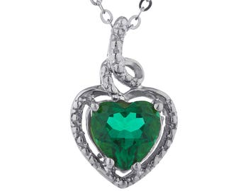 1.5 Ct Emerald Heart Design Pendant .925 Sterling Silver