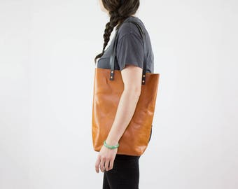 Leather Tote Bag - Caramel Leather Tote Purse - Veg Tan Leather Bag Handmade - Leather Tote with Pockets - Leather Purse - Vegetable Leather