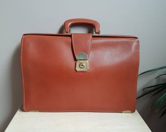 Vintage Genuine Leather Cooper-Weeks Limited Caramel Color Briefcase/Luggage. Made in Canada Leather Briefcase.