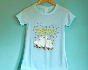 Vintage Some Bunny Loves You Tshirt Size Medium