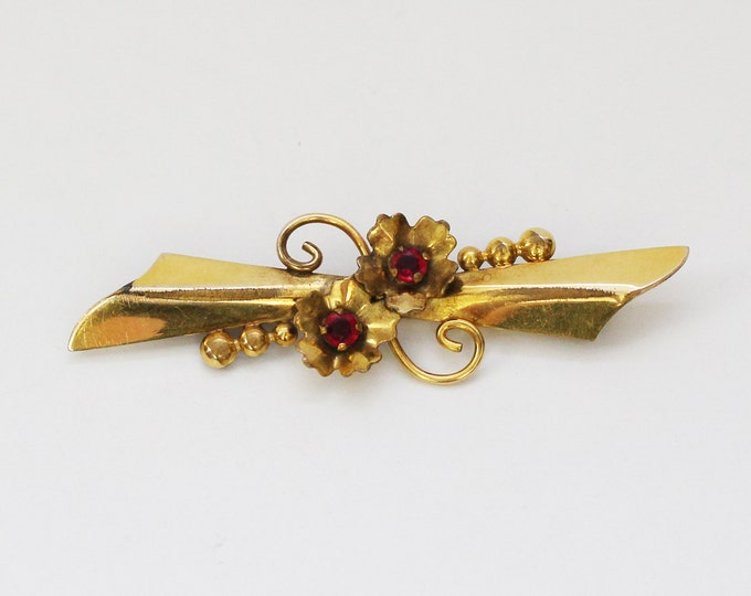 40s Art Nouveau Bar Brooch - Vintage 1940s Gold Filled Ruby Red Rhinestone Pin