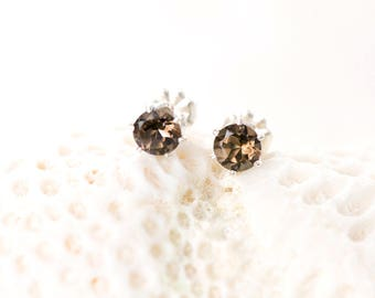 Smoky Quartz Earrings, Smoky Quartz Studs, 5mm Quartz Stud Earrings, AAA Smoky Quartz Silver Earrings, Brown Gemstone Stud Earrings
