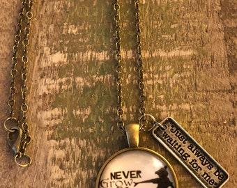 Metal Peter Pan necklace