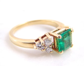 Vintage Colombian Emerald Diamond Engagement Ring 14K Yellow Gold Ring Size 6.5