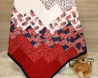 Patriotic Quilt - Throw Quilt - Happy Forth of July - Independence Day - Americana Quilt - American Flag Quilt - Handmade Patchwork Quilt
