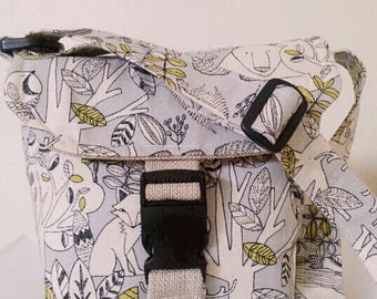 Messenger bag (Sturdy/strong messenger bag) for boy/girl, cotton/polyester, adorable fabric print (forest animals)